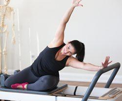 Reformer-Pilates-Class-Online-Intense